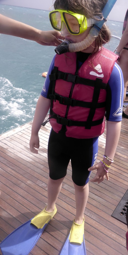 While Ethan and Fi scuba dived the girls and Nick snorkelled.