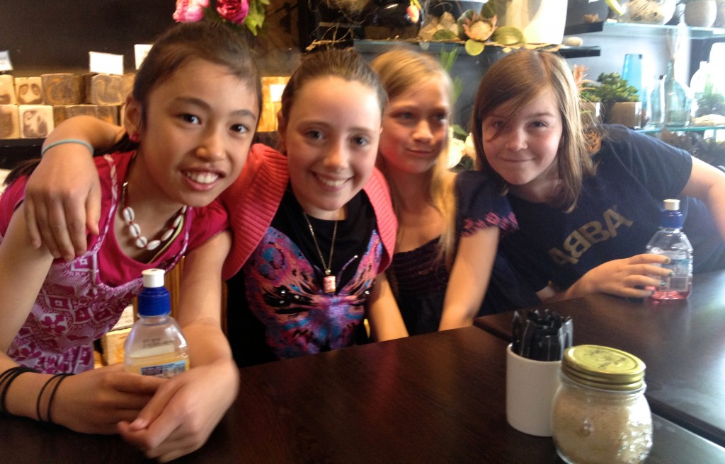 Lucinda and her besties; Indigo, Indi-Mara and Ivy having cafe time before an afternoon of tree-surfing.