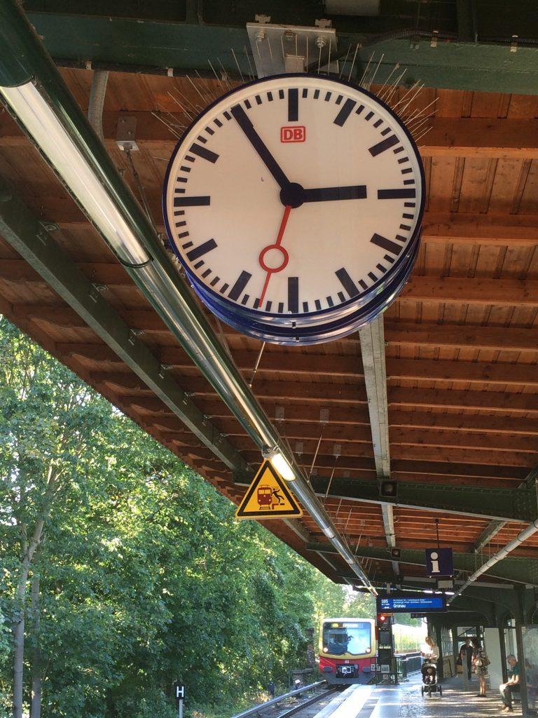 DB clock